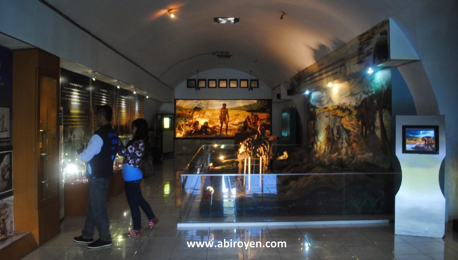 Display%2BMuseum%2BSangiran Jalan jalan wisata liburan ke Museum Purbakala Sangiran Sragen Jawa Tengah