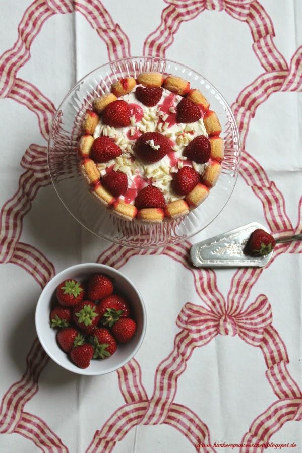Erdbeer Tiramisu Torte Himbeerprinzesschen Foodblog Erdbeere Erdbeeren
