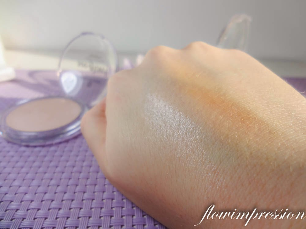 Highlighter & Bronzer Swatch