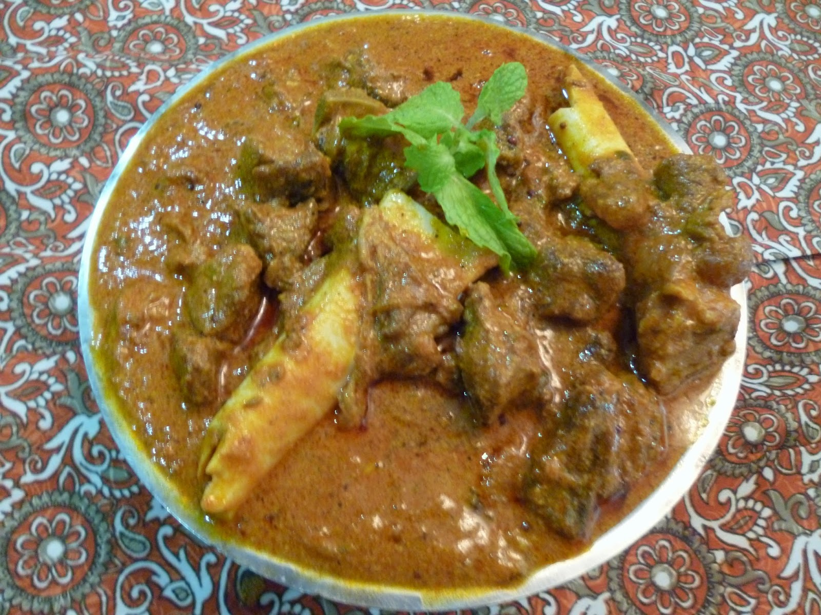 Sargunas fantabulous kitchen salem mutton curry this salem style mutton curry is one of the easiest way of cooking a an authentic non vegetarian recipe originated from salem a district of tamilnadu india forumfinder Images