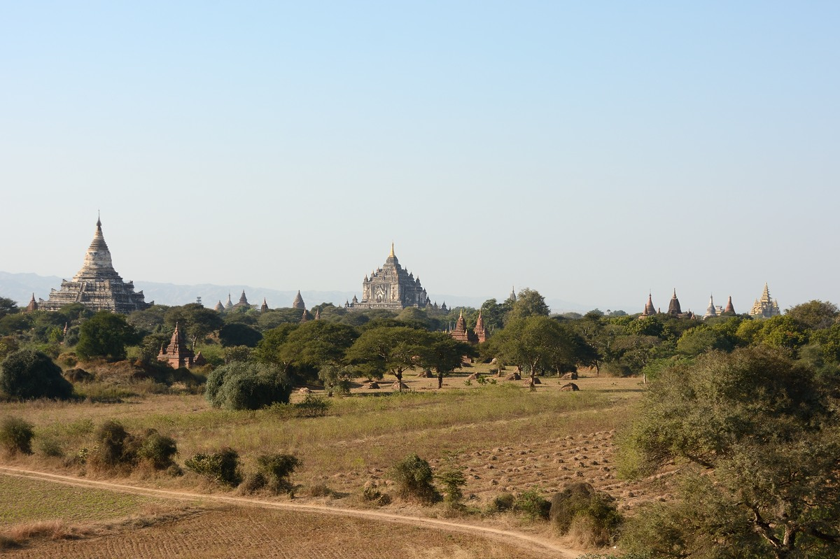 That Byin Nyu Temple in the center and Shwesandaw Pagoda to the left