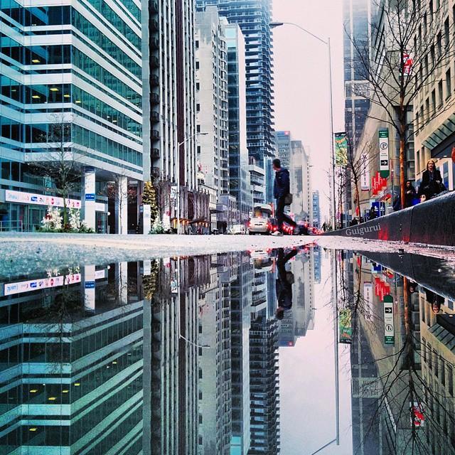 09-My-Bloor-St-Guido-Gutiérrez-Ruiz-The-World-Reflected-in-Photographs-of-daily-Life-www-designstack-co