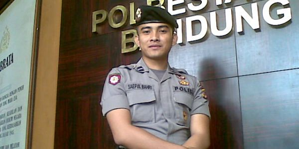 foto plisi ganteng, kumpulan foto polisi ganteng, Bripda Saeful Bahri