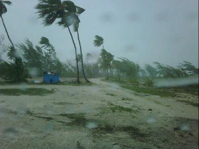 Fotogalerie Hurrikan IRENE auf Crooked Island, Bahamas, Hurrikansaison 2011, Hurrikanfotos, Bahamas, 2011, August, Irene, Sturmflut Hochwasser Überschwemmung, major hurricane,