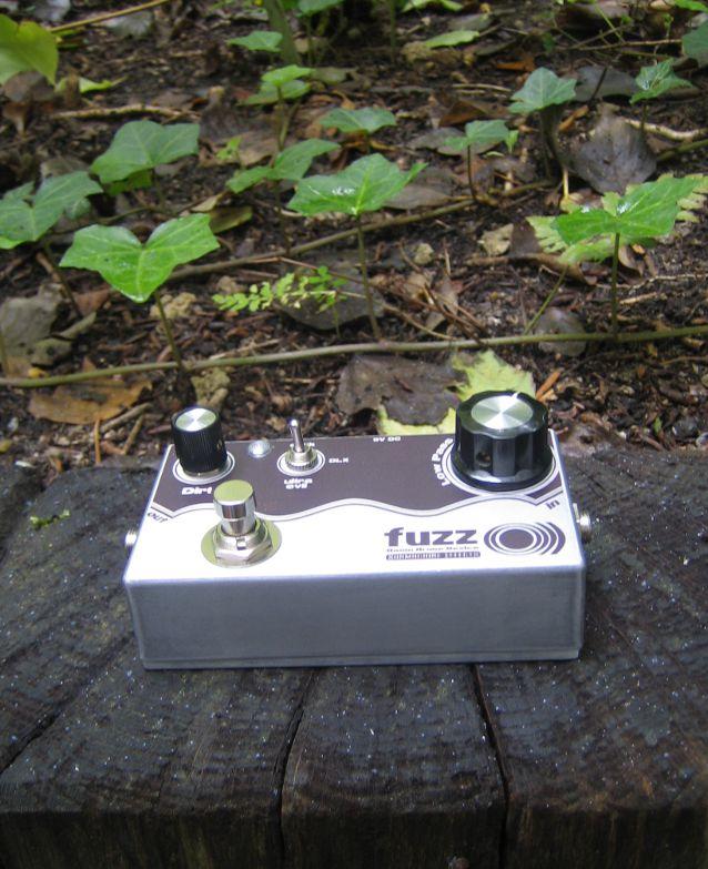 sunmachine - sonic devices -: fuzz o))) - meathead dark/deluxe clone, Wiring schematic