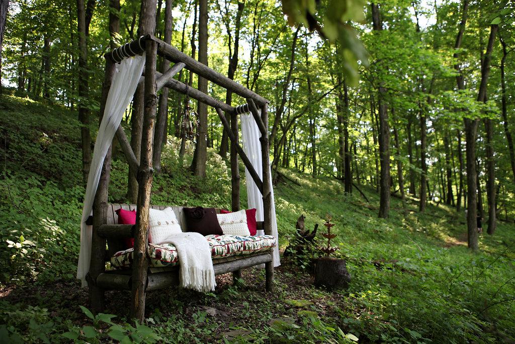farm living daily dream decor. Black Bedroom Furniture Sets. Home Design Ideas