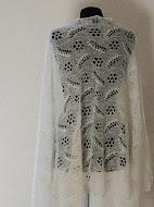Te Koop: Ietswat Dikkere Haapsalu shawl. 90cm x 180.