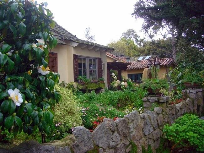 Craftsman style lavender blue garden design for Craftsman style garden designs
