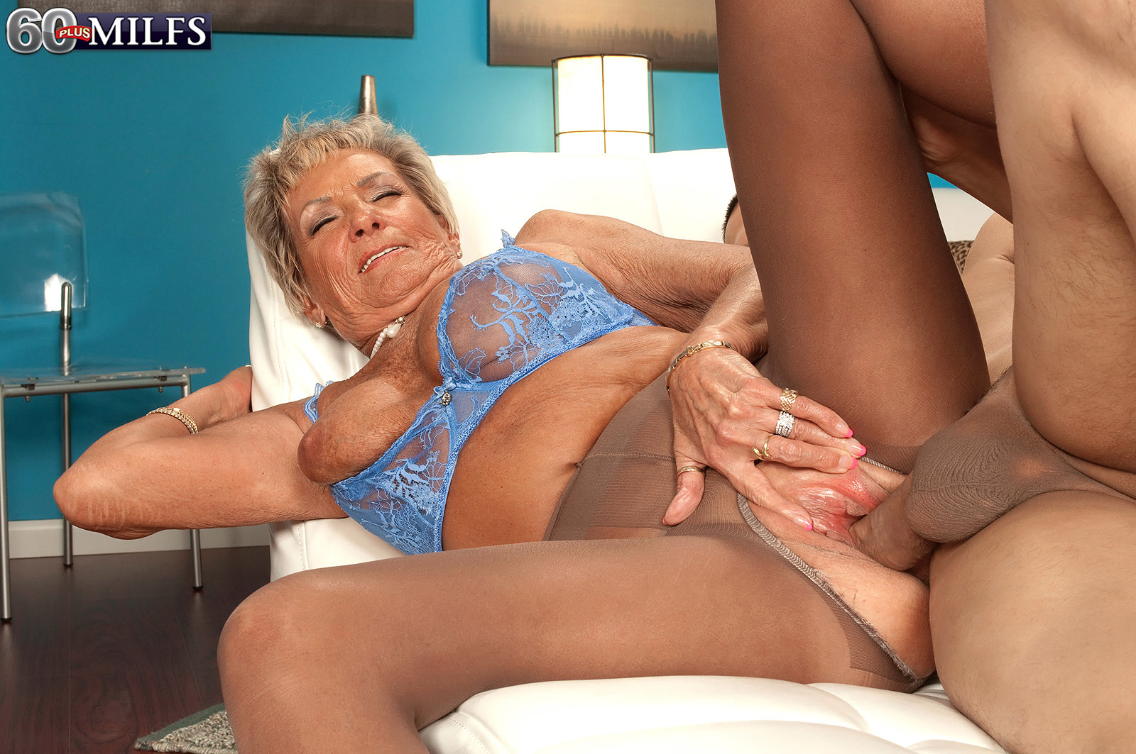 Порно старух за 70