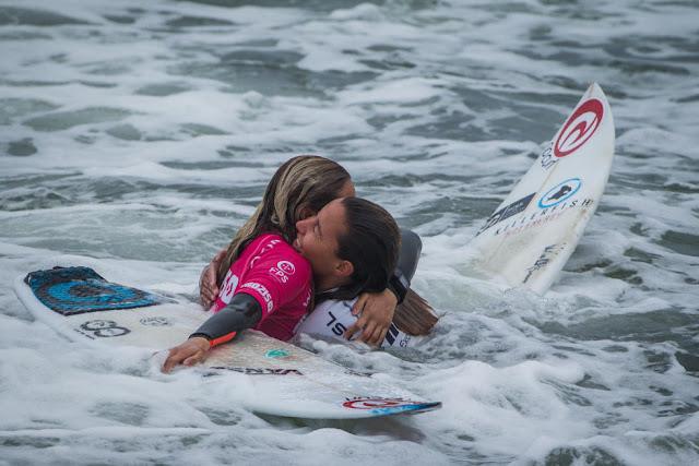 14 Ariane Ochoa EUK Prozis Pro Junior Espinho Foto WSL Damien Poullenot