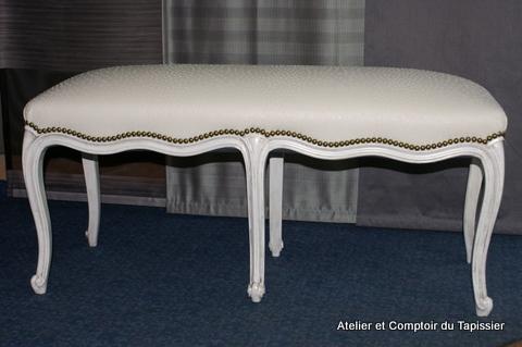 atelier et comptoir du tapissier fauteuils banc et canap. Black Bedroom Furniture Sets. Home Design Ideas