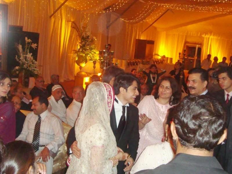 Ali wolk wedding