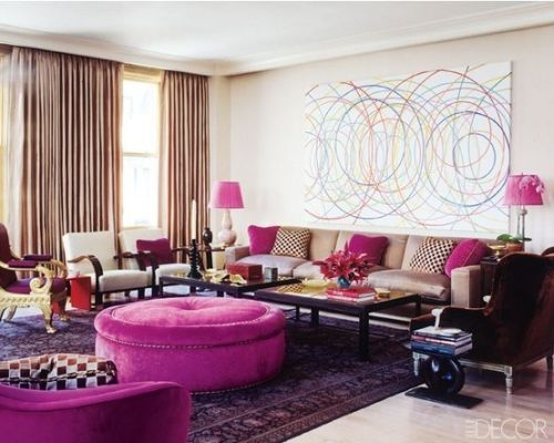 pretty living room with Pantone Radiant Orchid details