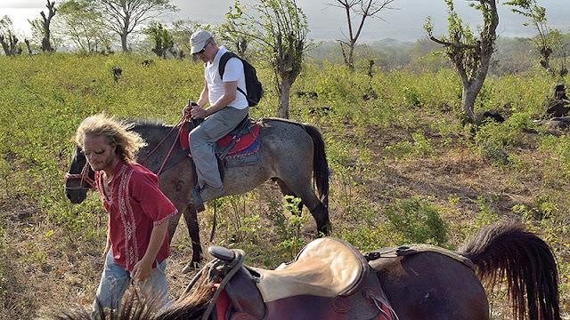Randonnée à cheval avec Hari's Horses
