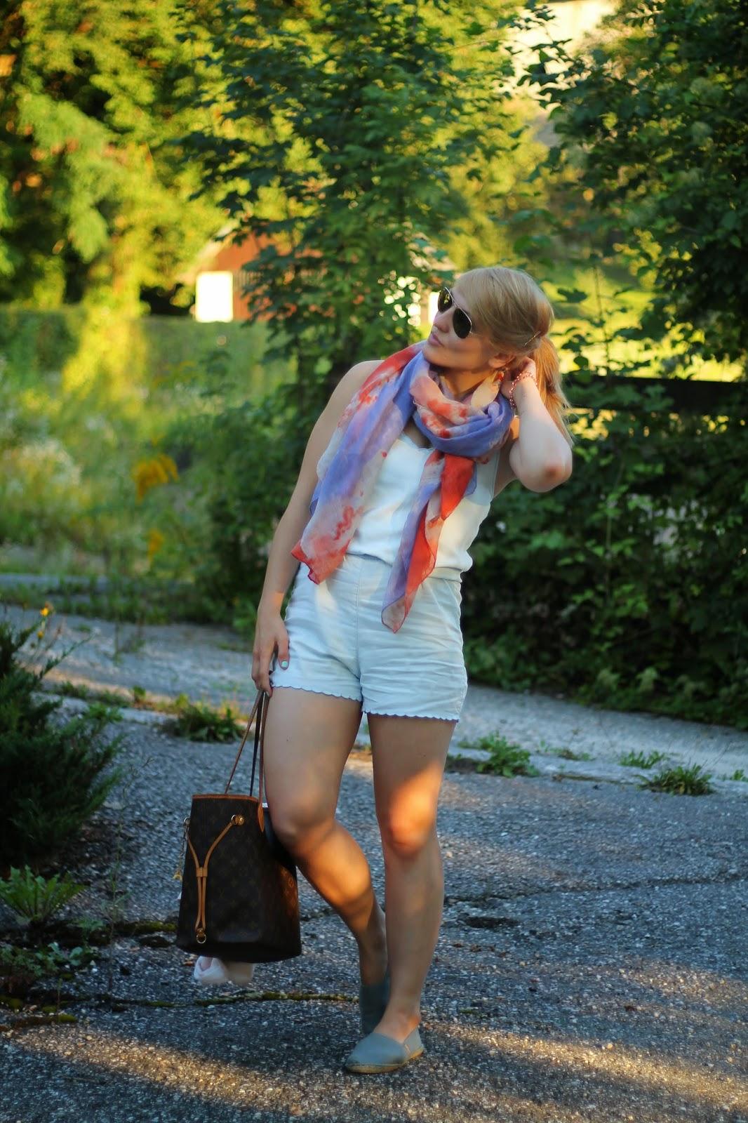 xFashionblogger Austria / Österreich / Deutsch / German / Kärnten / Carinthia / Klagenfurt / Köttmannsdorf / Spring Look / Classy / Edgy / Summer / Summer Style 2014 / Summer Look / Fashionista Look /   / Summer Look / Hot to style Jumpsuit Playsuit / Blazer NUde h&M / Scarf Pastel Colors Candy Colors Zara / Espadrillsa Espadrij / H&M / Ray Ban Aviator / Louis Vuitton Neverfull Monogram Canvas MC /
