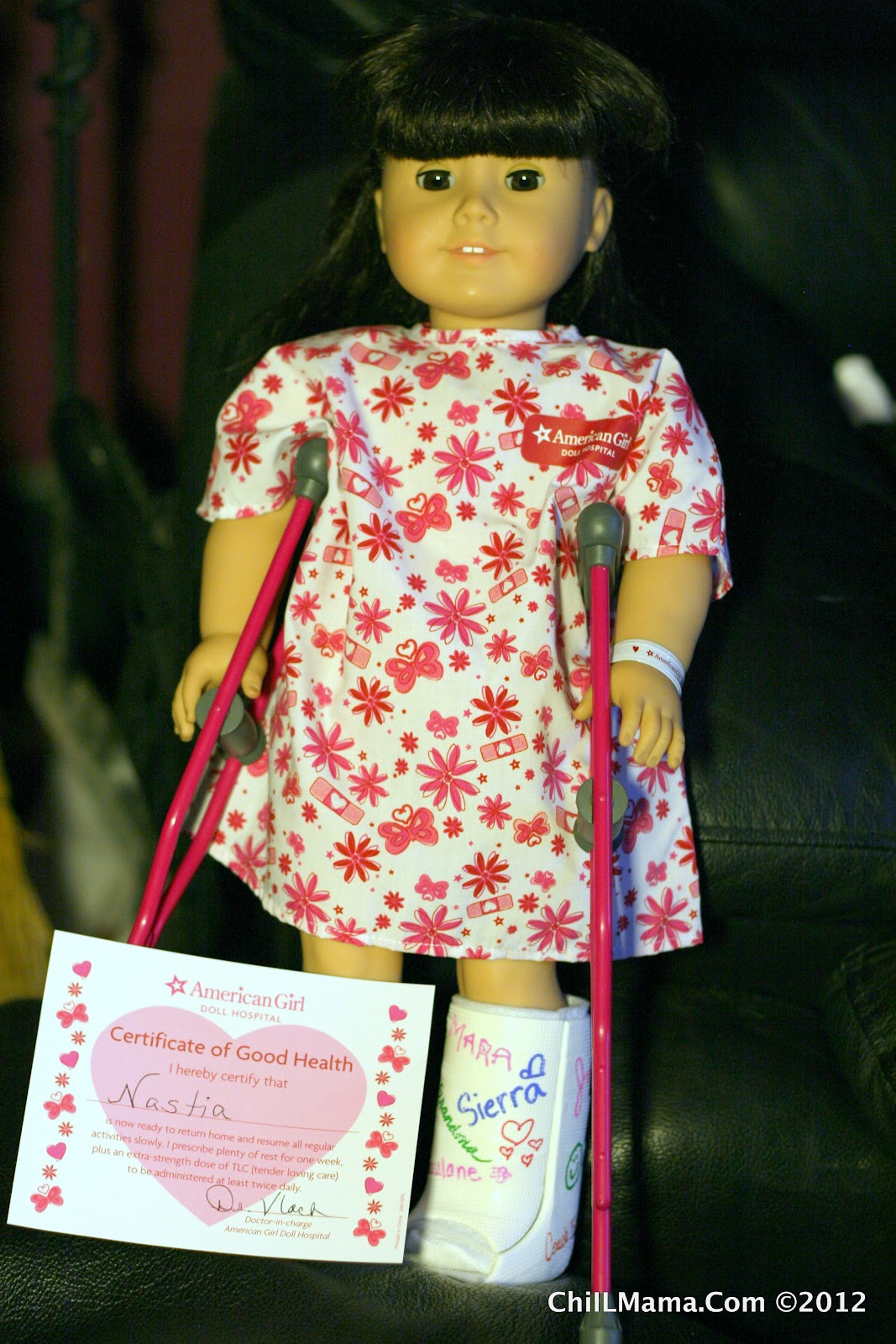 ChiIL Mama American Girl Doll Hospital Adventure Photo Feature