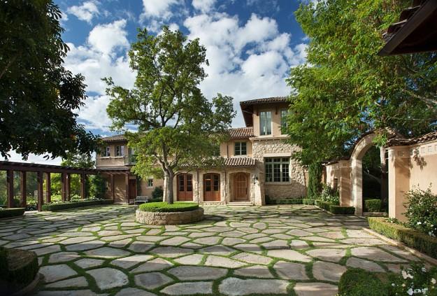 A Magnificent Tuscan Villa In Montecito Ca