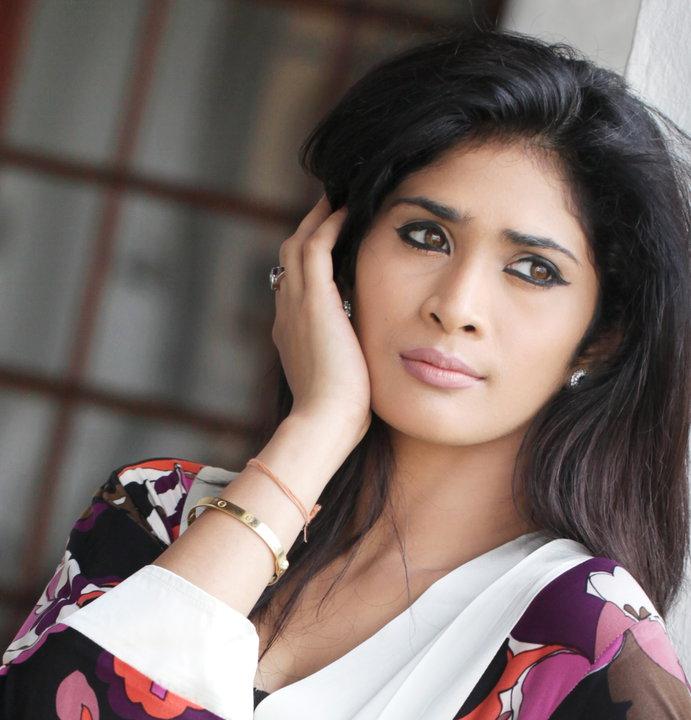 SL Actress images: Anarkali Akarsha
