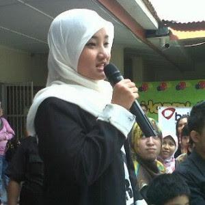 Foto Fatin berkunjung ke Makasar