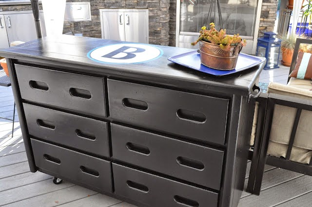25 of My Best Organizing Hack: Dresser for and outdoor buffet:: OrganizingMadeFun.com