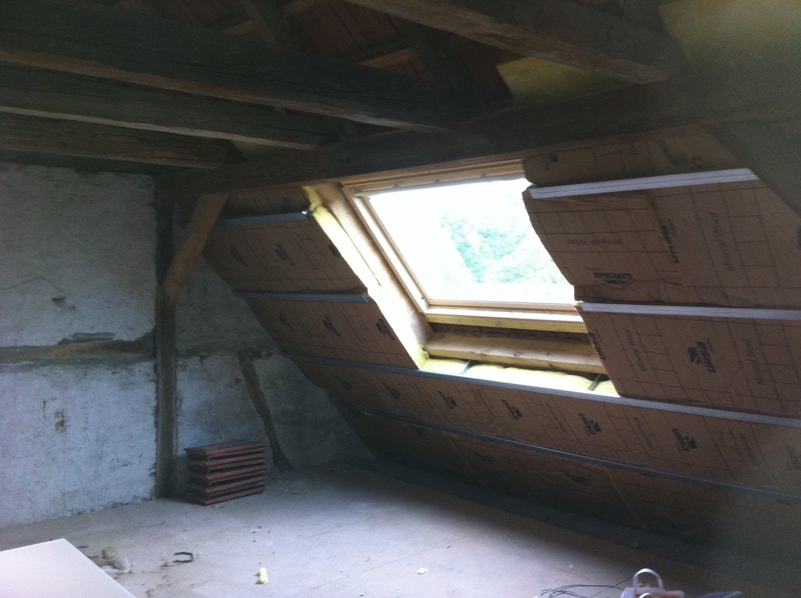 Maison petit landau photos - Ossature plafond rampant ...