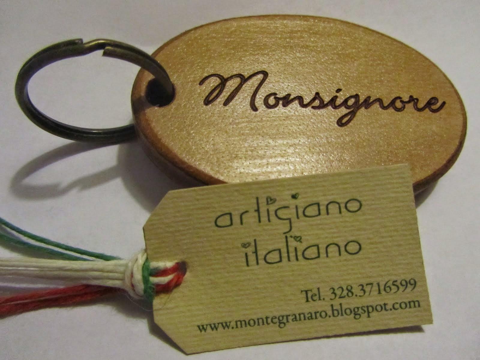 Artigiano di montegranaro che produce oggettistica in pelle, cuoio, legno