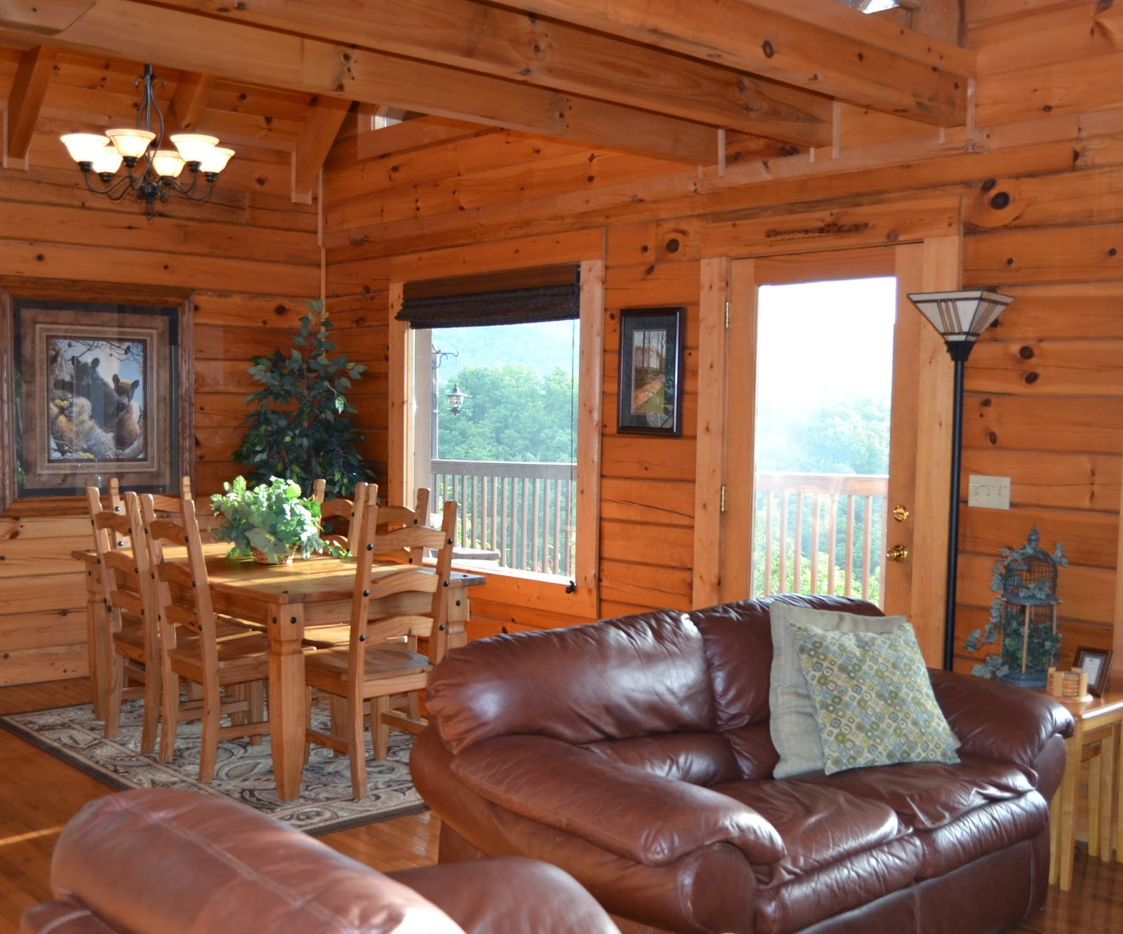 mountain bedroom rentals friendly hearthside pyt at cabin smoky inspiration pet bathroom cabins preserve the