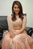 Rashi Khanna glamorous photos-thumbnail-12