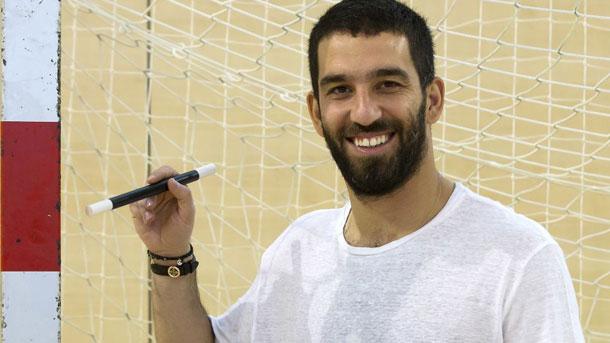 Arda Turan jugará contra el Atlético este sábado