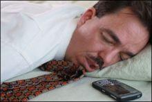 تحذير صحي : لا تناموا بجوار هواتفكم المحمولة وهي مفتوحة