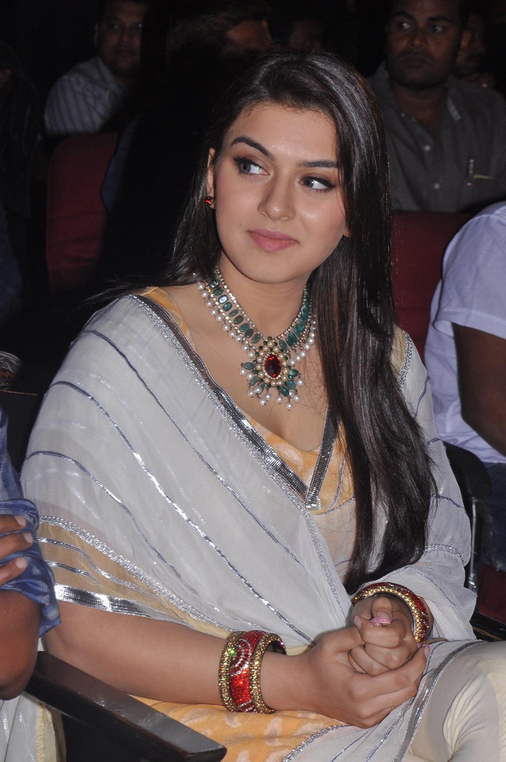 Hansika Motwani in glamour actress hd wallpaper HD  - glamour actress hansika motwani wallpapers