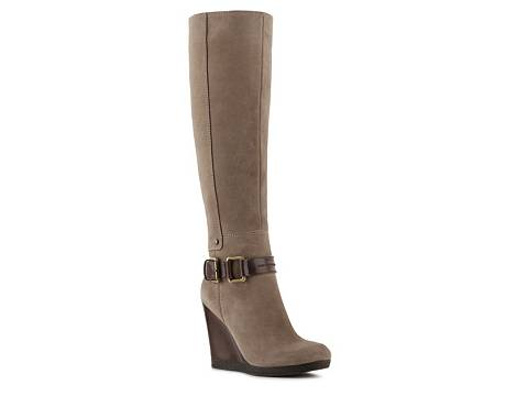 Shop Men's Clearance Boots at DSW. Check out our huge selection with free shipping every day! Skip to Main Content. SHOP Knee High Boots. Over The Knee Boots. Combat & Lace-Up Boots. Western & Cowboy Boots. Rain & Snow Boots. Wide Calf Boots.