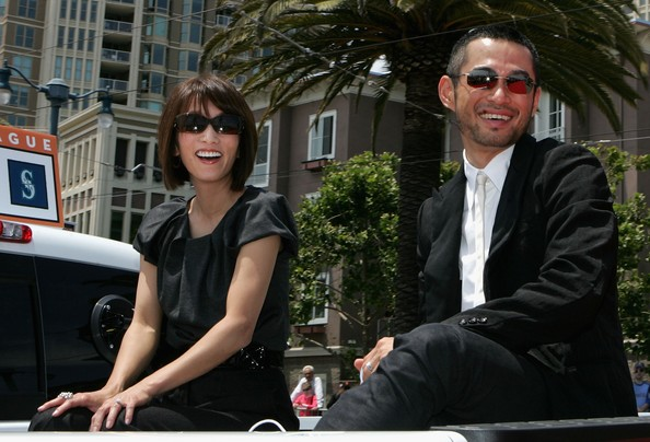 All About Sports: Ichiro Suzuki With His Wife In These Pictures