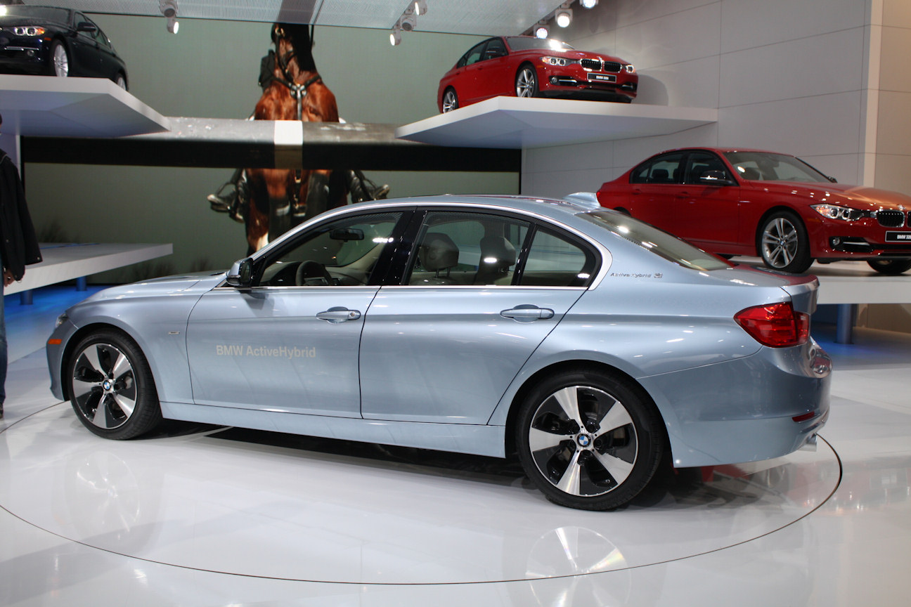 2013 bmw 3 series | CarsBarns