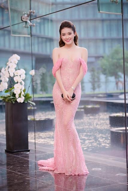 Tối 24/8, Á hậu Huyền My xuất hiện tại một sự kiện ở Hà Nội.