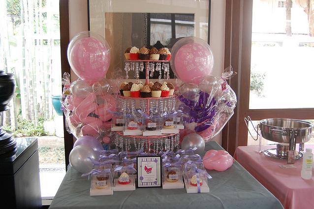 mesa de postres para baby shower image
