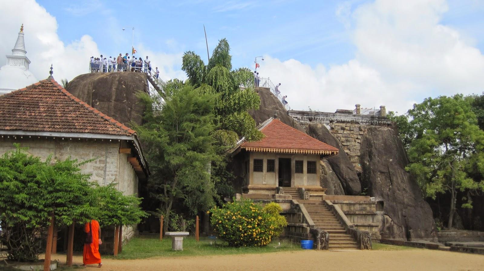 Isurumuniya Vihara (Anuradhapura) Sri Lanka