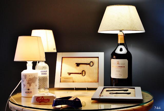744-lamparas-botella-llaves-antiguas-sietecuatrocuatro