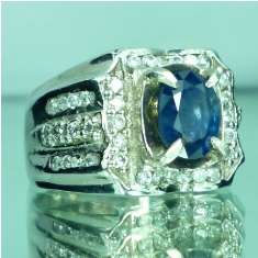 Batu permata blue sapphire, safir biru, batu mulia, asli natural