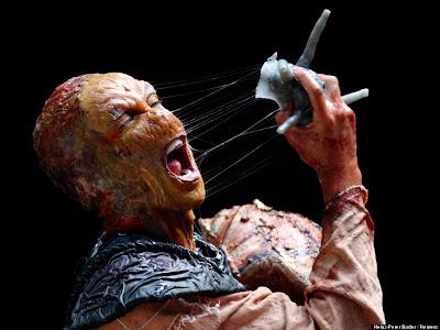 monstruo en concurso de cuerpos pintados