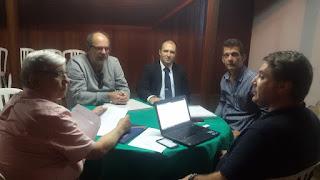 Secretário Ronaldo Fialho com representantes da FBHA e o presidente do SHRBST