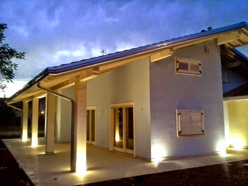 Costruzione casa economia confortevole soggiorno nella casa - Costruire casa in economia ...
