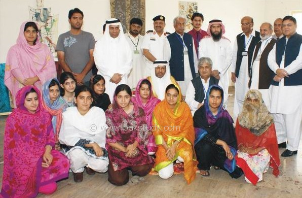 Islamia University Bahawalpur Girls http://iubstudents.blogspot.com/2011/09/saudi-arabia-ambassador-visited-iub.html