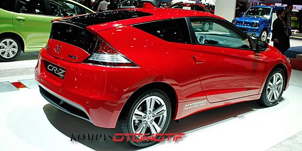 Honda CR-Z Gets a Rave