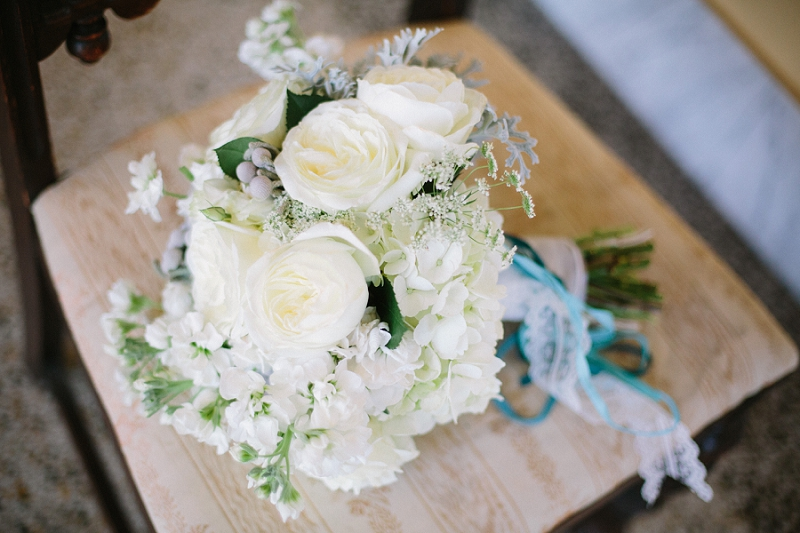 white bouquet mirror lake lyceum st petersburg florida wedding