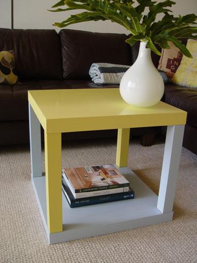 diy 5 id es de customisation pour la table lack initiales gg. Black Bedroom Furniture Sets. Home Design Ideas