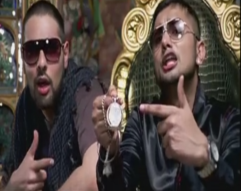 http://www.dailymotion.com/video/x19jpb3_get-jawani-720phd_music