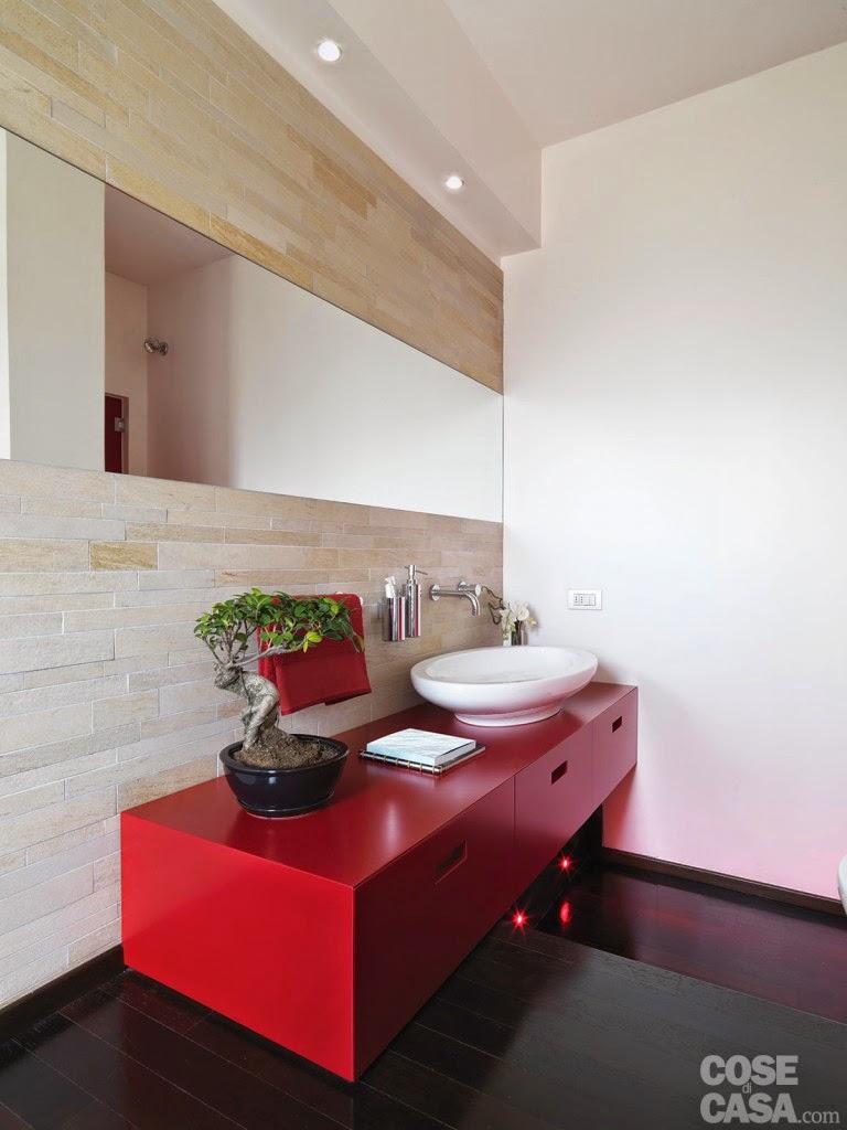 d couvrir l 39 endroit du d cor estrade pour baignoire. Black Bedroom Furniture Sets. Home Design Ideas