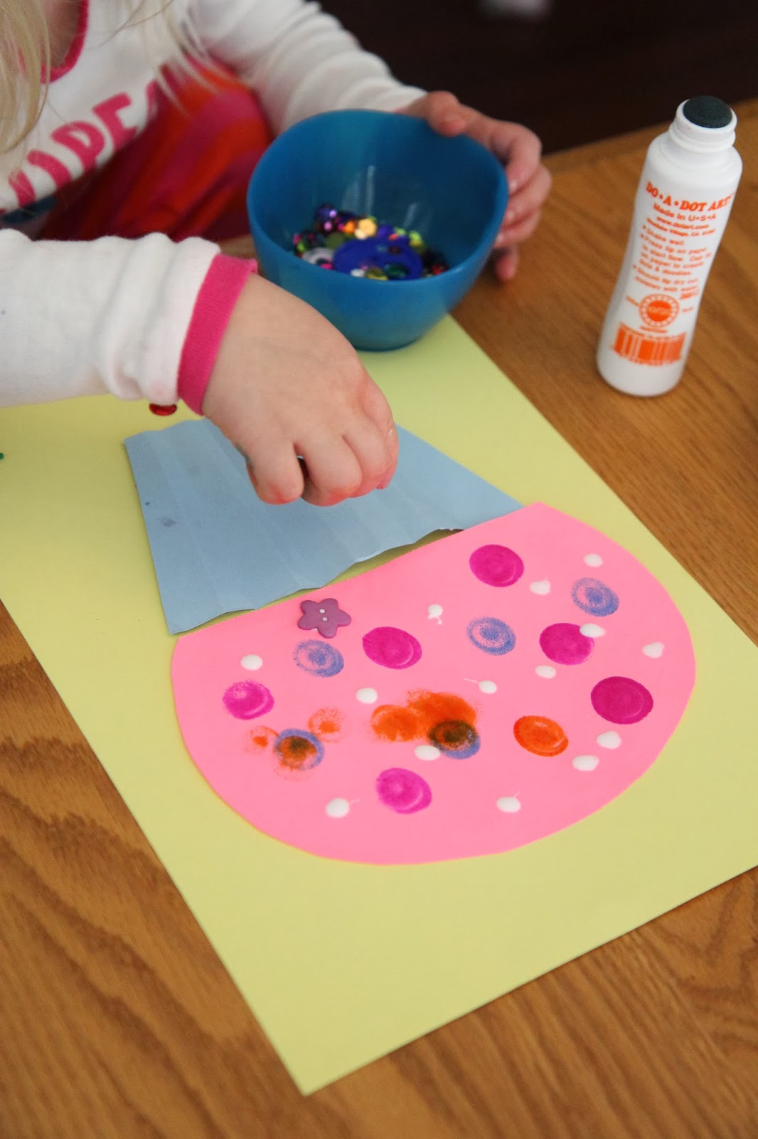 Toddler Approved!: Cupcake Craft for Kids {Laura Numeroff ...