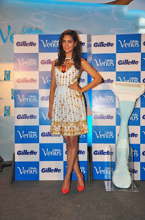 Esha,Chitrangada, Neha at Gillette Venus Shaving System launch event (2).JPG